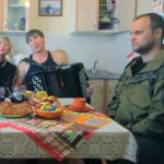 Губарев снялся в клипе Вики Цигановой на веселую сепаратисткую песню