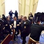 В Верховной Раде новый скандал. Бывшие соратники публично выясняют отношения