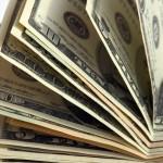 Мошенники продавали «волшебную» бумагу, которая превращается в доллары, и заработали 5 миллионов
