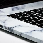 Дизайнеры сделали корпус для MacBook из мрамора