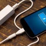 Телефон во время зарядки убил девушку током