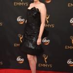 СМИ назвали самые плохие наряды звезд на Эмми