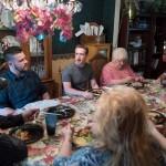 Марк Цукерберг пришел на ужин к обычной семье без приглашения