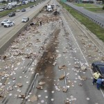 В Аризоне перевернулся фургон с пиццей и завалил едой всю трассу