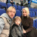 Ремень и темная комната: Яна Рудковская шокировала воспитанием сына. Мальчик рассказал о наказаниях
