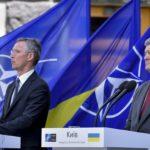 Президент Украины объявил о завершении АТО в Донбассе