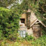 Старая снаружи, шикарная внутри: 500-летняя избушка с сюрпризом
