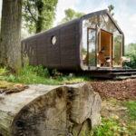 Голландцы научились строить дома из картона, в которых вполне можно жить