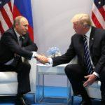 Украинские моряки и другие темы, на которые общались Трамп с Путиным