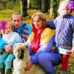 Владимир Путин не любит говорить о своих детях. Что о них известно?