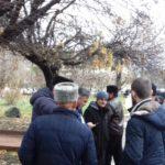 В Крыму начался суд над захваченными ФСБ украинскими моряками. Их пришли поддержать крымчане