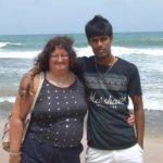 Думала, что это любовь: 60-летняя британка потратила $115 тысяч на 26-летнего парня из Шри-Ланки