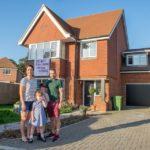 Отец семейства купил дом за $900 тысяч, но в из-за запаха нечистот в нем нереально жить