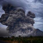 18 самых опасных вулканов в США