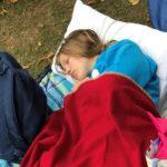 Студентка с редкой болезнью спит по 20 часов в сутки, и завидовать тут нечему