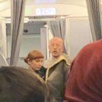 Александр Розенбаум спас пассажирку самолёта
