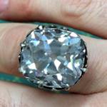 Женщина купила за $13 кольцо, реальная стоимость которого почти миллион