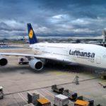 Авиакомпания Lufthansa требует от пассажира 2000 евро из-за пропуска рейса