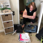 Американка обнаружила у себя в гардеробе незнакомого мужчину. Он прожил там несколько дней