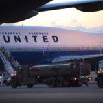 Boeing 737 совершил экстренную посадку из-за невыносимого запаха на борту