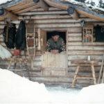 Пенсионер построил дом в горах Аляски и провел там 30 лет в одиночестве