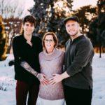 61-летняя жительница США стала суррогатной матерью для своей внучки