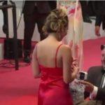 Пожилой миллионер сделал предложение юной танцовщице на Каннском фестивале