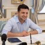 Зеленский распределяет должности: кто стал главой администрации и главнокомандующим