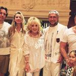 Пугачева устроила домашнюю вечеринку со звездами, где удивила всех помолодевшим видом