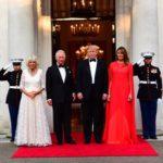 Общение с помощью нарядов: как Меланья Трамп послала знак Меган Маркл