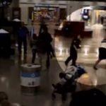 Пассажирка решила украсть детей из-под носа матери в людном аэропорту Атланты (видео)