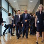 Первый заграничный визит Зеленского в статусе президента: колкости в сторону Порошенко, договоренности и все самое интересное