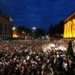 Выступление депутата Госдумы в парламенте Грузии привело к протестам и десяткам пострадавших (видео)