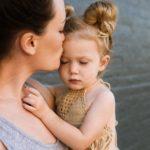 Родительские объятия  положительно влияют на интеллект детей