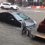 Непогода на северо-востоке США: затопило Нью-Йорк, обесточены 300 тыс. домов (видео)