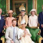 Надменная Кейт Мидлтон: в Сети активно обсуждают фото с крестин принца Арчи