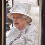 Королева Елизавета II вынесла Меган Маркл очередное предупреждение