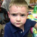 Пятилетний мальчик обнял одноклассника и учителя рассмотрели в этом… харассмент