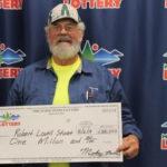 Тракторист выиграл миллион в лотерею, но не потратил на себя ни гроша