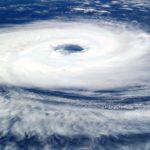 6 тропических штормов одновременно сформировались возле США. Чего это грозит?