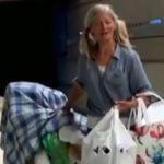 Бездомная иммигрантка из России стала звездой в Лос-Анджелеса, исполняя оперные арии в метро (видео)