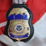 Как Иммиграционная полиция выслеживает нелегалов через социальные сети