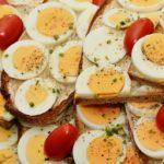 В США массово отзывают из магазинов яйца и продукты из них из-за вспышки опасной инфекции