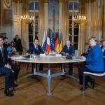 Зеленский и Путин впервые провели переговоры один на один. О чем говорили?