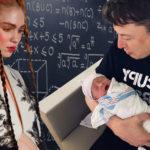 Маск забыл имя своего четырехмесячного ребенка и добавил, что оно звучит как пароль