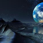 Ученые NASA нашли воду на освещенной Солнцем стороне Луны.